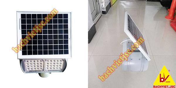 đèn cảnh báo xây dựng đường năng lượng mặt trời