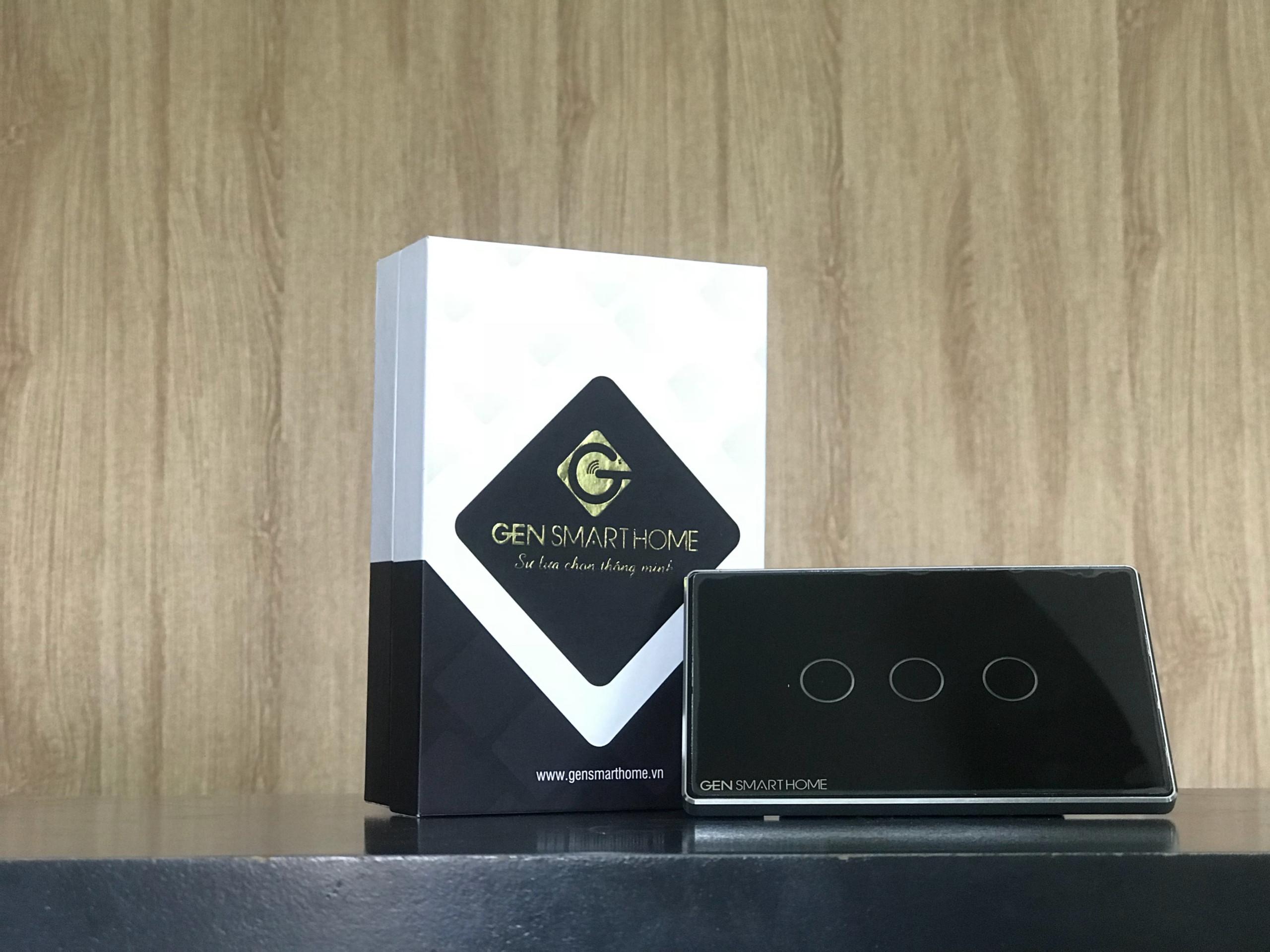 Công tắc cảm ứng Wifi 3 nút chạm Gen SmartHome
