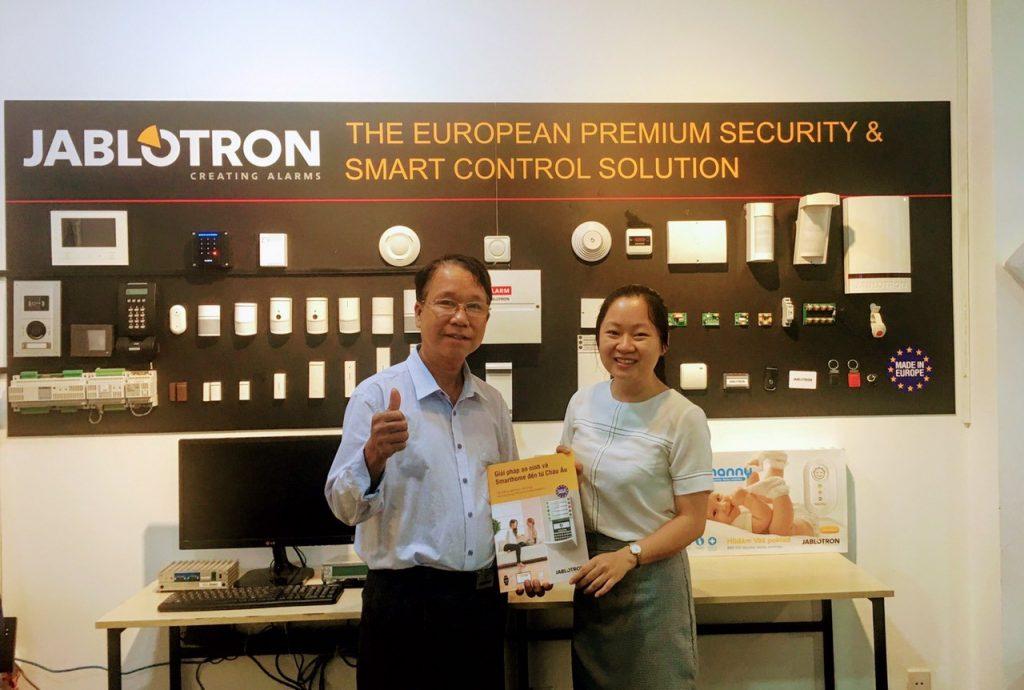 Công ty Bách Việt hợp tác cùng Jablotron